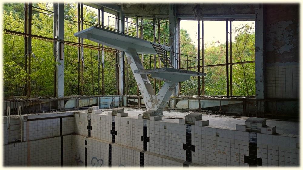 22-9-_cernobyl_bazen