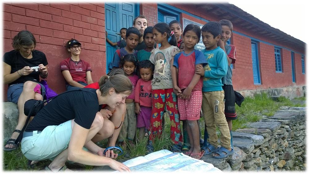 18-11-_nepal-deti2